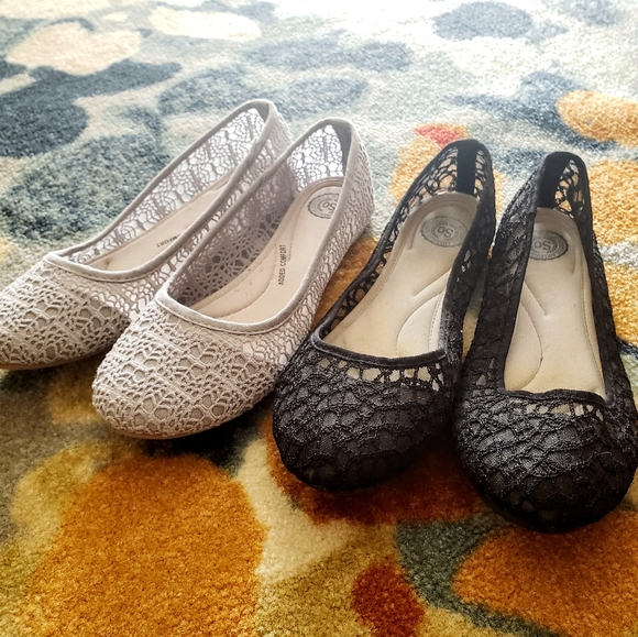Black and Grey Lace Flats